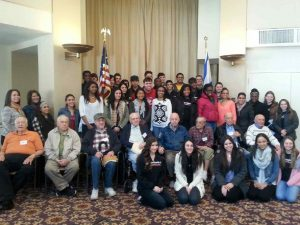 Students and WWII Veterans after their Q&A session.
